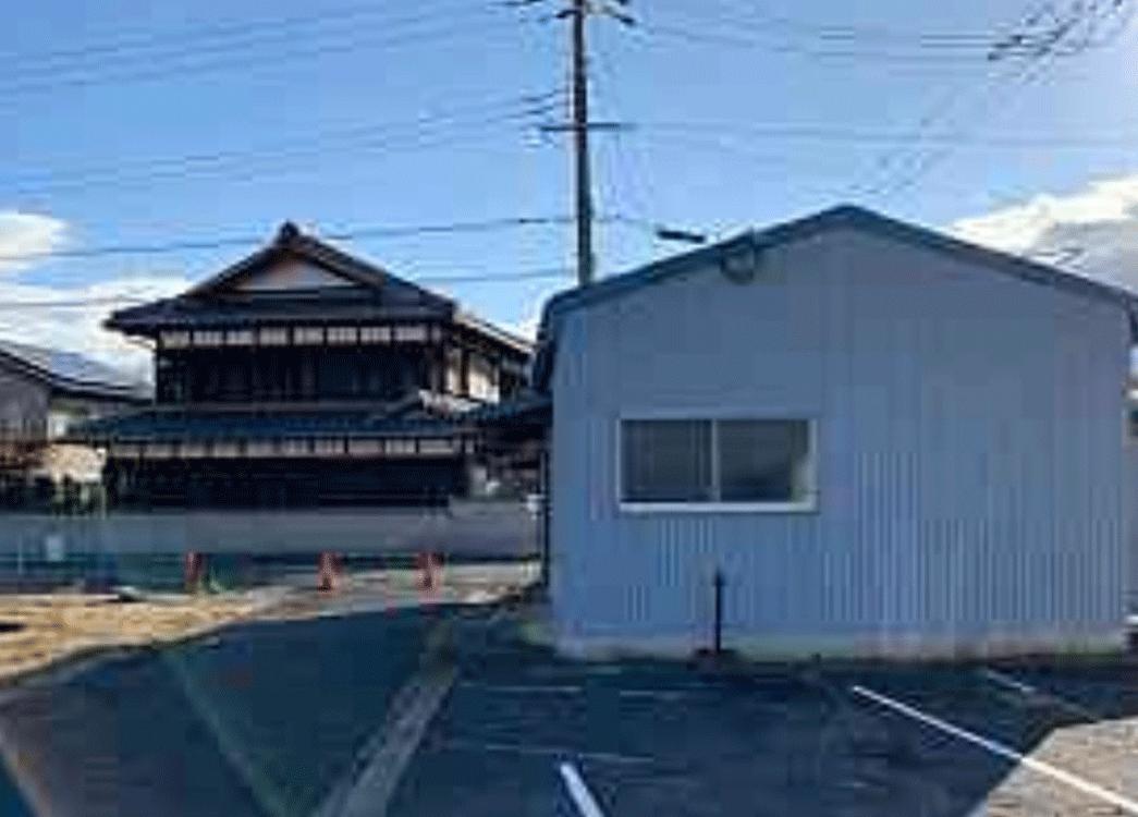 【滋賀県栗東市】スレート倉庫解体、アスファルト撤去工事